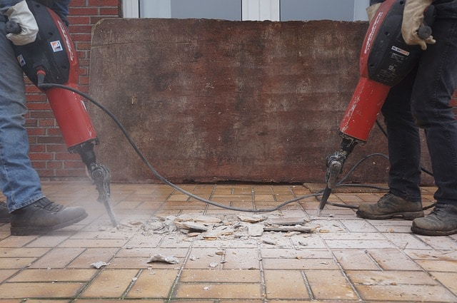 Employers Aren't Keeping Up with New Respirable Crystalline Silica Standards