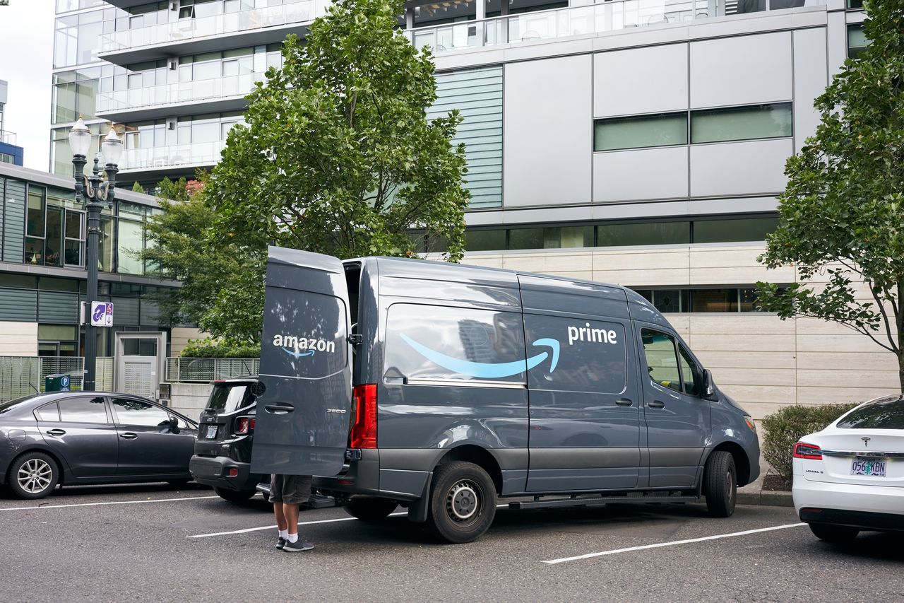 Amazon Workers at Risk